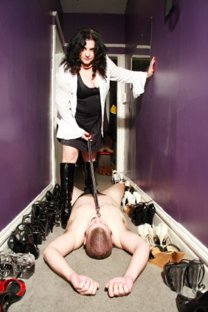 Wow, look at all those shoes! Photo courtesy of Mistress Simone.